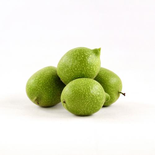 Noix vertes bio pour vin de noix